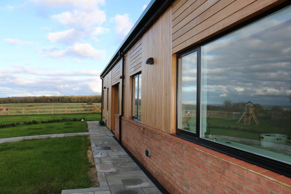 aluminium-timber window installation bedfordshire